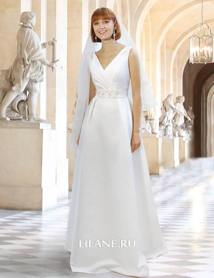 Свадебное платье А-силуэт Rosemary в сочетании с фатой