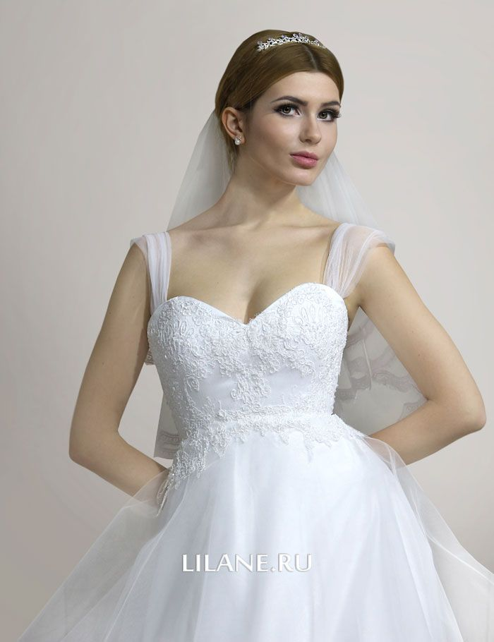 Завышенная талия свадебного платья А-силуэт Zlata