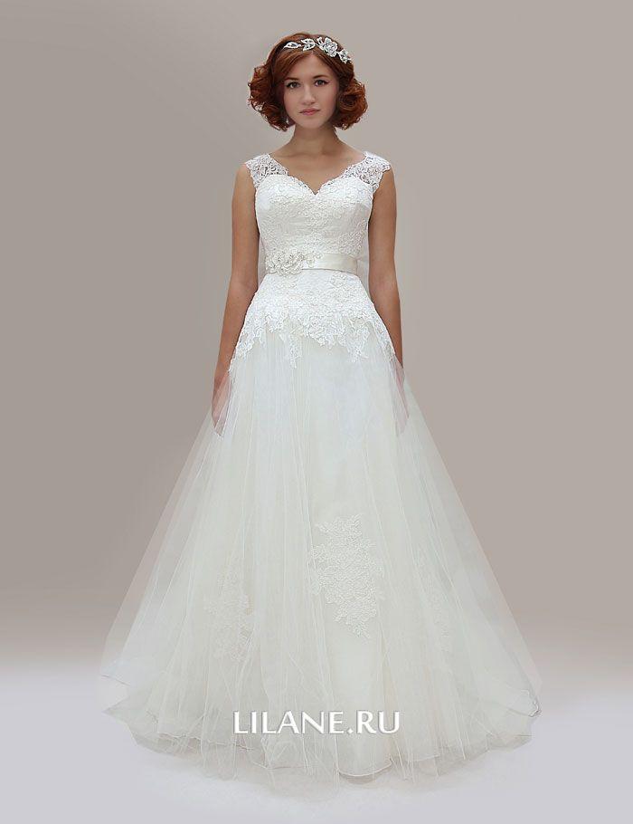 Кружевной корсет и фатиновая юбка свадебного платья для полных Madlen