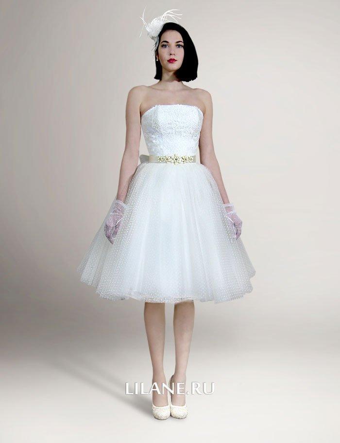 Короткое свадебное платье Ilona с кружевным корсетом