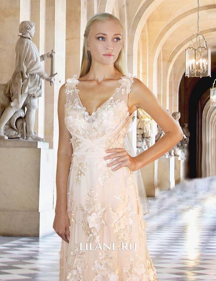 Объёмные 3D цветы кружевного свадебного платья Serena