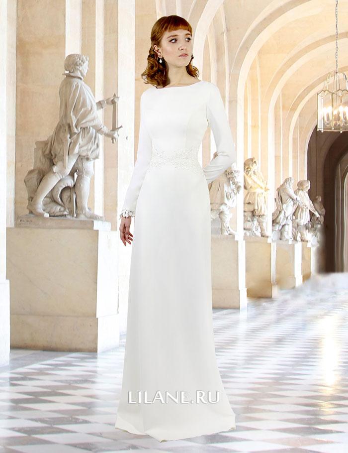 Прямое элегантное свадебное платье Alla цвета айвори с длинными рукавами и открытой спиной.