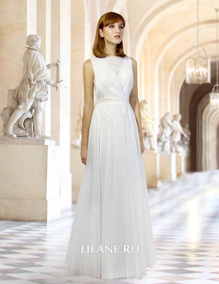 Воздушная струящаяся юбка прямого свадебного платья Ida