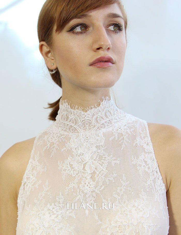 Закрытое прямое свадебное платье Miya