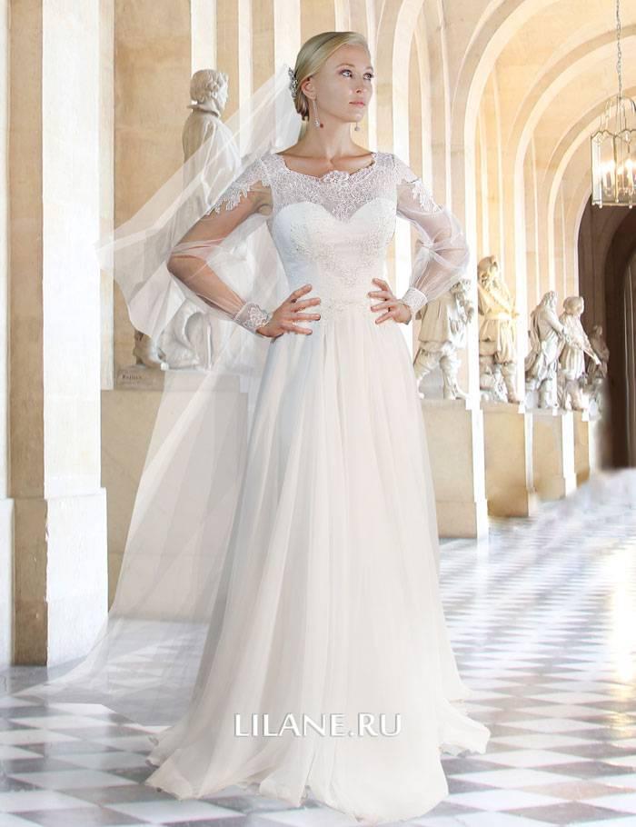 Закрытое прямое свадебное платье Sylvia с фатой