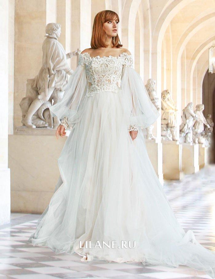 Пышное свадебное платье Rozaliya состоит из корсета и юбки со шлейфом