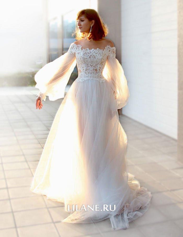 Эффектная юбка пышного свадебного платья Rozaliya
