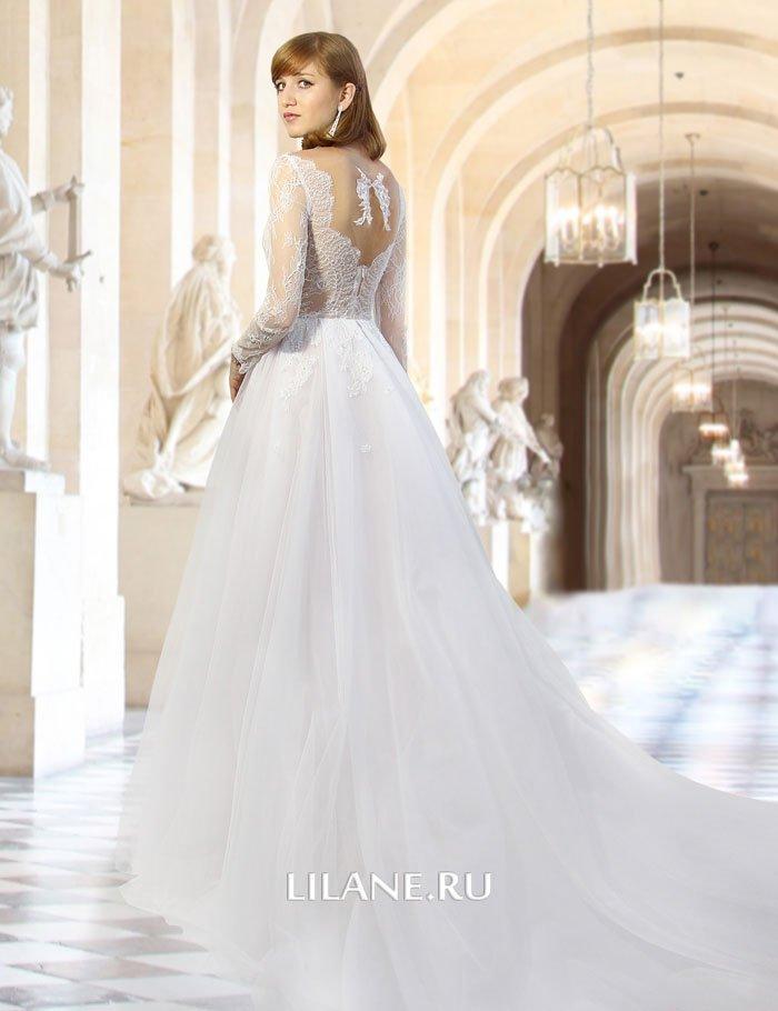 Оригинальная спинка пышного свадебного платья Valensiya