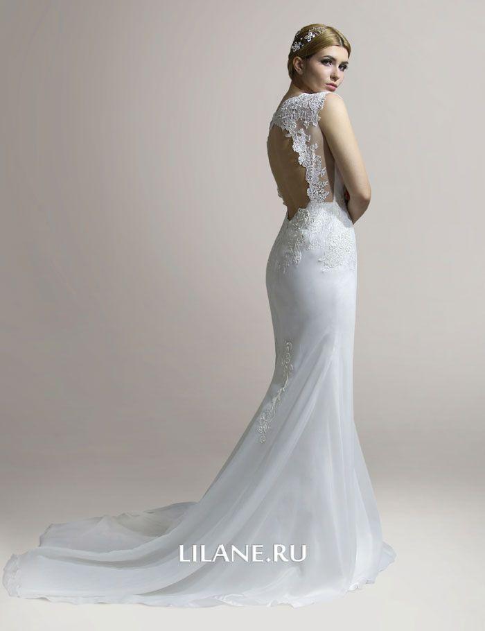 Открытая спинка и шлейф свадебного платья рыбка Emili